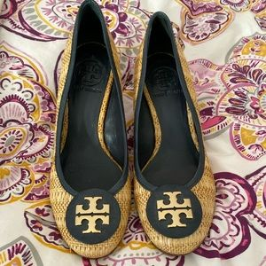 WORN ONCE iconic Tory Burch Wedges